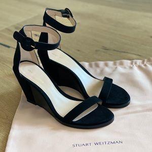 Brand new never worn Stuart Weitzman suede wedge